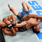 Video: Genio, figura e histórico: Demetrious Johnson se lució en UFC 216