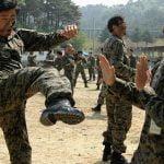 Video: Las presuntas habilidades en las artes marciales del ejército de Corea del Norte