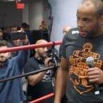 Daniel Cormier en conversaciones para unirse a WWE