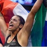 La peleadora que está suspendida hasta el 2044, pero sigue luchando en UFC