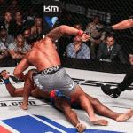 Ray Cooper III logró un espectacular KO y se instaló en la final de la liga Profesional de MMA