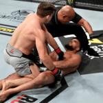 UFC 246 comienza con brutal KO en el 1er round