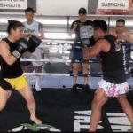 Weili Zhang se prepara para UFC 248 con Saenchai, leyenda del Muay Thai