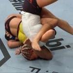 Amanda Ribas sometió de manera fugaz a Paige VanZant